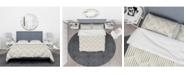Design Art Designart 'Zigzag Background Minimal Striped Design' Scandinavian Duvet Cover Set - King