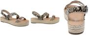CHARLES by Charles David Chosen Flatform Sandals