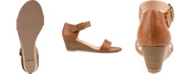 Journee Collection Women's Gladis Wedges