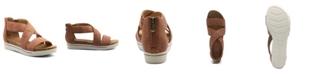 Adrienne Vittadini Women's Claud Sport Flatform Sandals