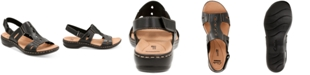 Clarks Collection Women's Leisa Lakelyn Flat Sandals