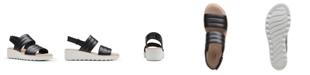 Clarks Collection Women's Jillian Flow Wedge Sandals