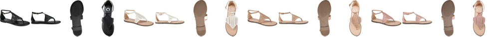Journee Collection Women's Niobi Sandal