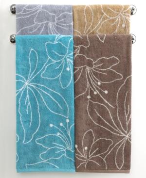 """Bianca Bath Towels, Lilly 27"""" x 52"""" Bath Towel"""