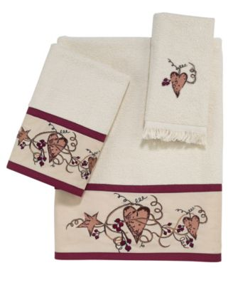 Hearts and Stars Fingertip Towel