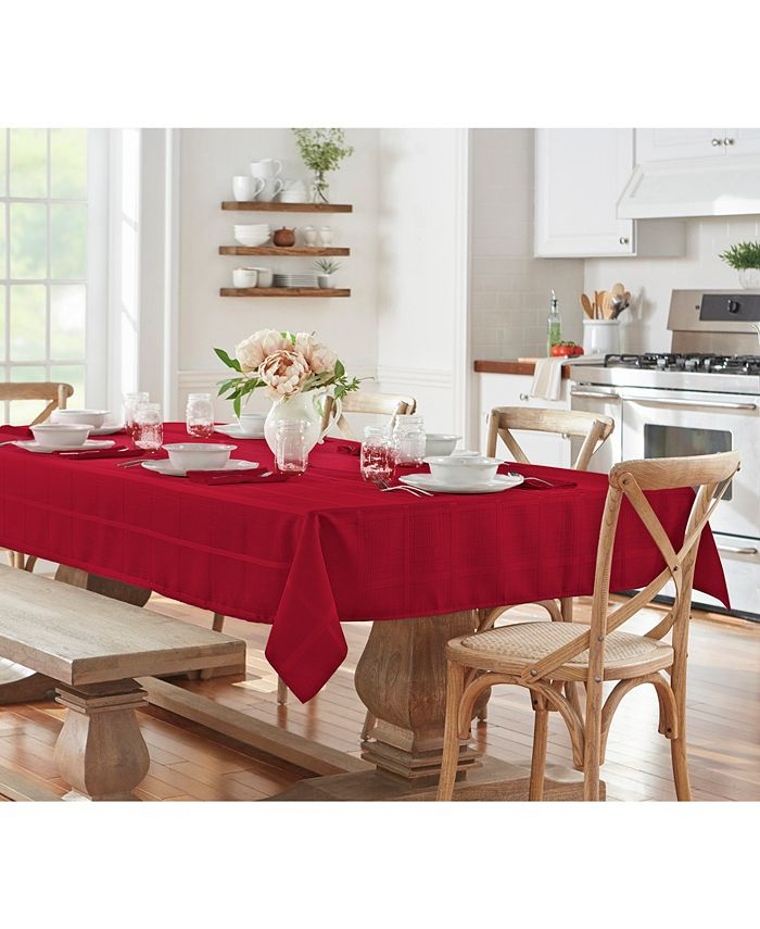 """Elrene - Plaid Poinsettia Red 60"""" X 84"""" Oblong Tablecloth"""