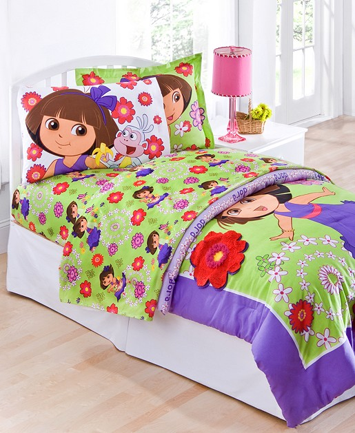 Dora the explorer bedding totally kids totally bedrooms for Dora themed bedroom designs