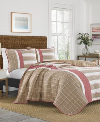 Crimstead Twin Quilt