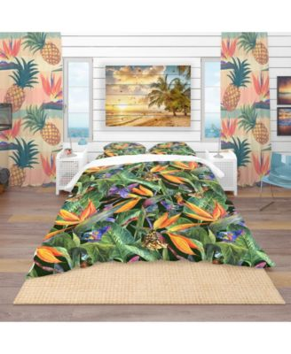 Designart 'Tropical Pattern With Exotic Flowers' Tropical Duvet Cover Set - Queen