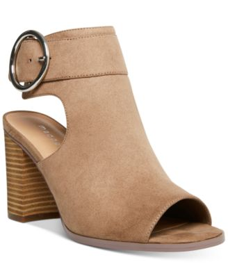 Madden Girl Darlynn City Sandals