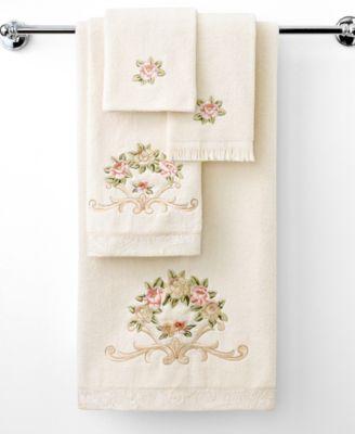 """""""Rosefan"""" Fingertip Towel, 11x18"""""""