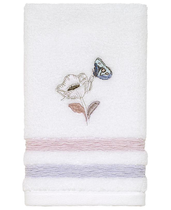 Avanti in the Garden Fingertip Towel