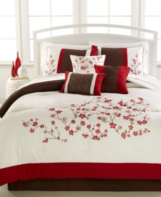 Kira 7-Pc. Queen Embroidered Comforter Set