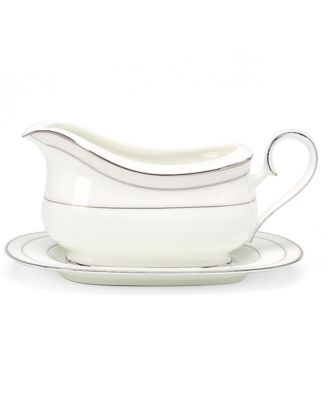 "Noritake ""Montvale Platinum"" Gravy Boat with Tray, 16 oz"
