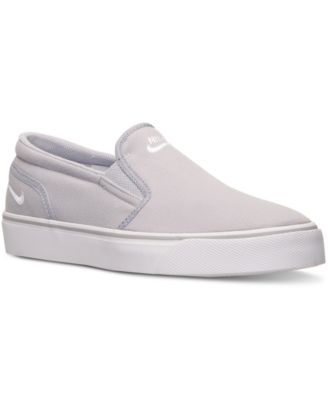 nike mens slip on shoes