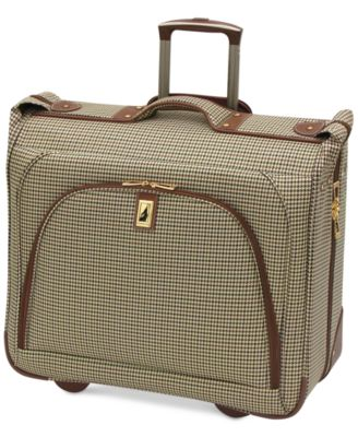 "London Fog Cambridge 44"" Wheeled Garment Bag"