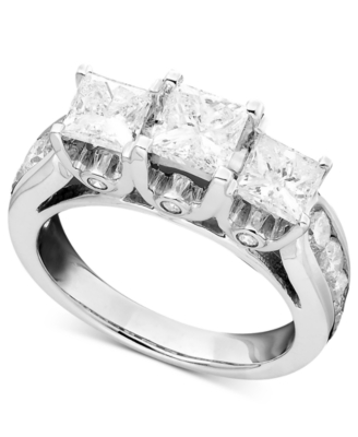 14k White Gold Three-Stone Diamond Ring (3 ct. t.w.)