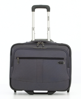 Kenneth Cole Reaction Wheeled Overnighter, Zero Gravity Carry-On