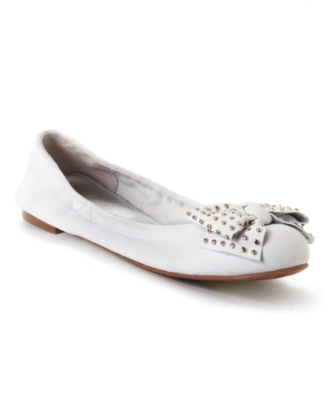 Marc Fisher Shoes, Zaynee Flats Women's Shoes