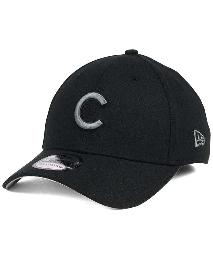 New Era - Black and Charcoal Classic 39THIRTY Cap