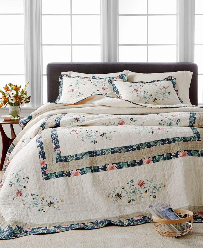 Martha Stewart Collection - Embroidered Wreath Twin Bedspread
