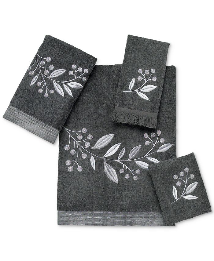 "Avanti - Madison 11"" x 18"" Fingertip Towel"