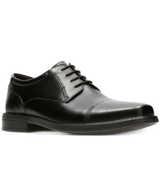 Bostonian Men's Wenham Black Leather