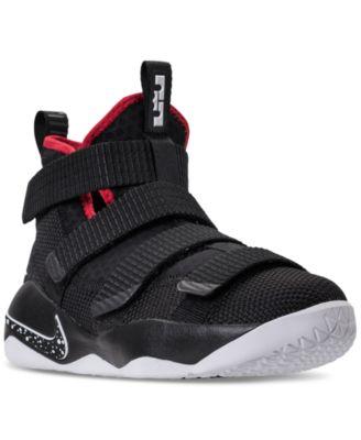 Nike Big Boys' LeBron Soldier 11