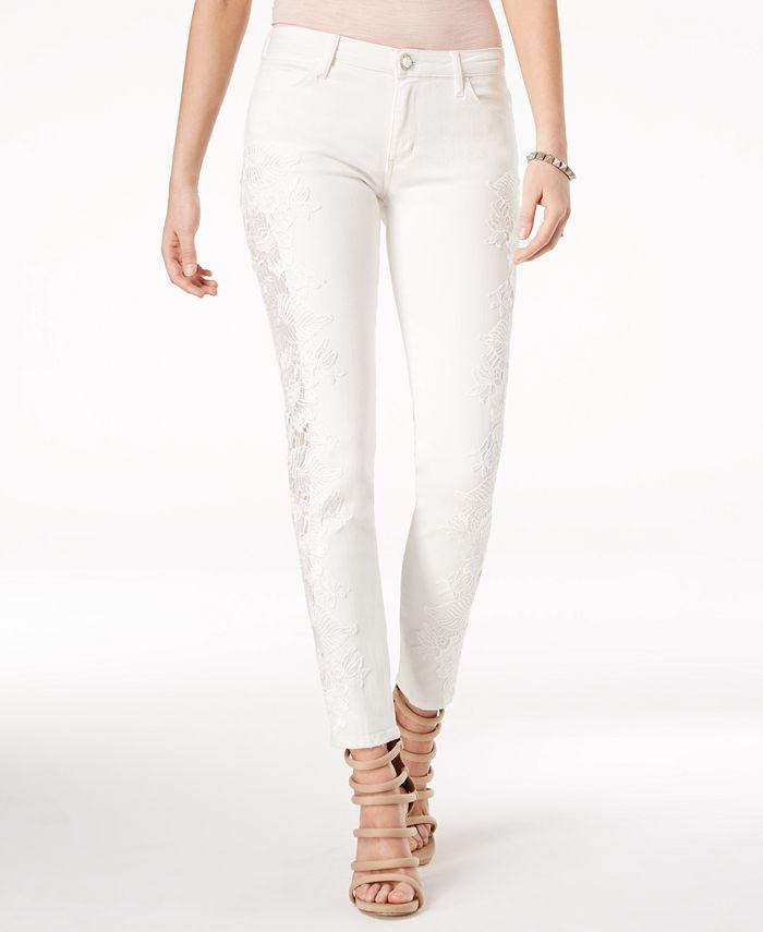 GUESS - Appliqué Curvy Skinny Jeans