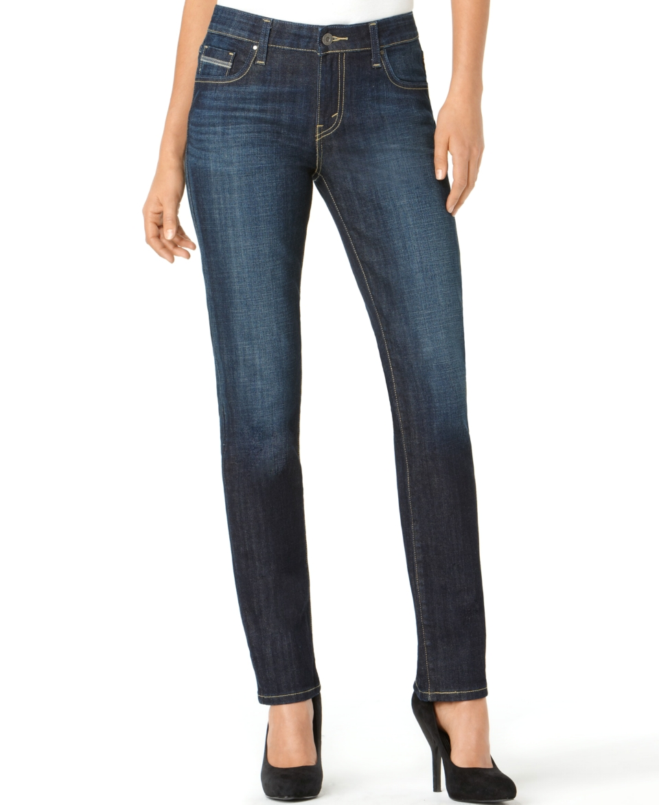 Women's Jeans. Discover designer and brand name women's jeggings, skinny jeans, straight jeans, bootcut jeans and flare jeans for cuttackfirstboutique.cf, we are tracking trends in colored jeans, high rise denim and special hem details for women!