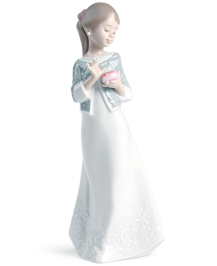 Lladró - Collectible Figurine, A Gift From the Heart