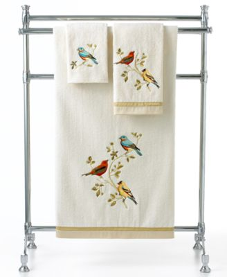 "Avanti Bath Towels, Gilded Birds 16"" x 30"" Hand Towel"