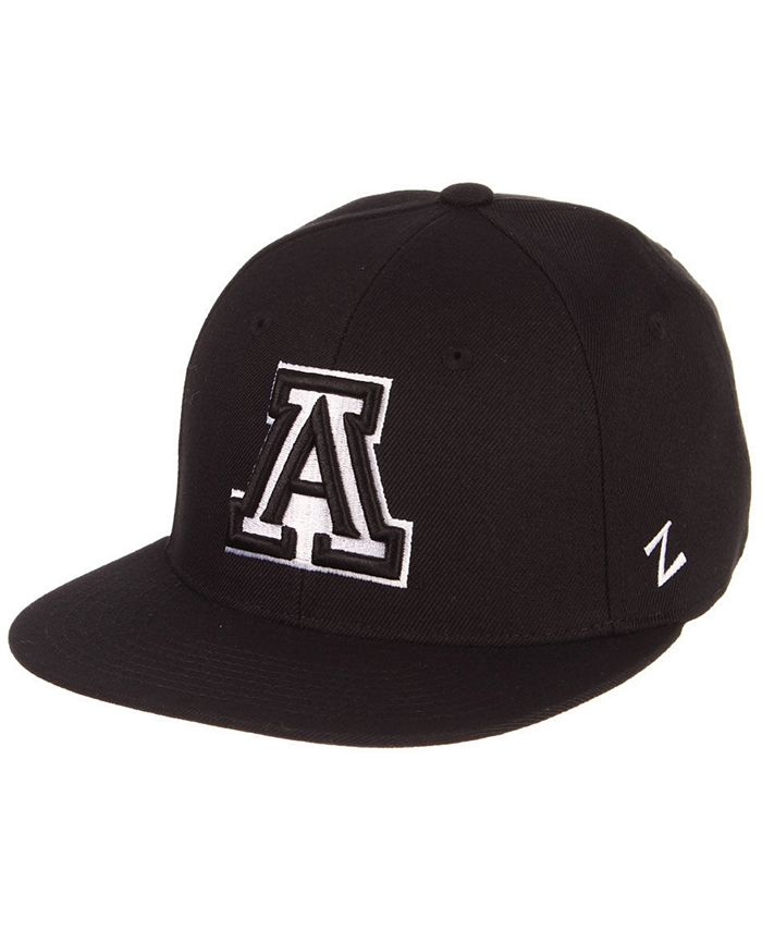 Zephyr - M15 Black & White Fitted Cap