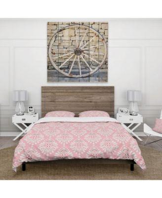 Designart 'Cute Pink Tiled Pattern' Rustic Duvet Cover Set - King