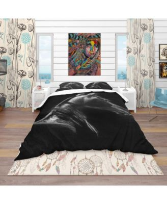Designart 'Horse In Black Background' Southwestern Duvet Cover Set - King
