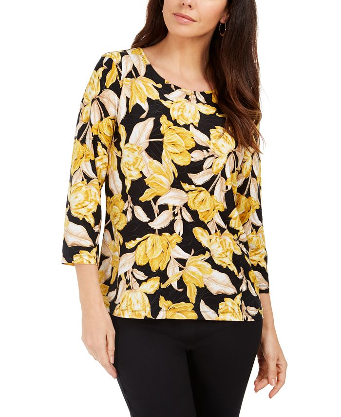 JM Collection - Printed Garland-Textured Top