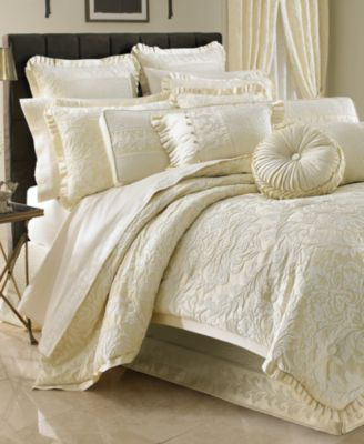 J Queen New York Marquis Queen Duvet Cover Mini Set