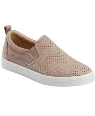 Zen Groove Slip On Sneaker