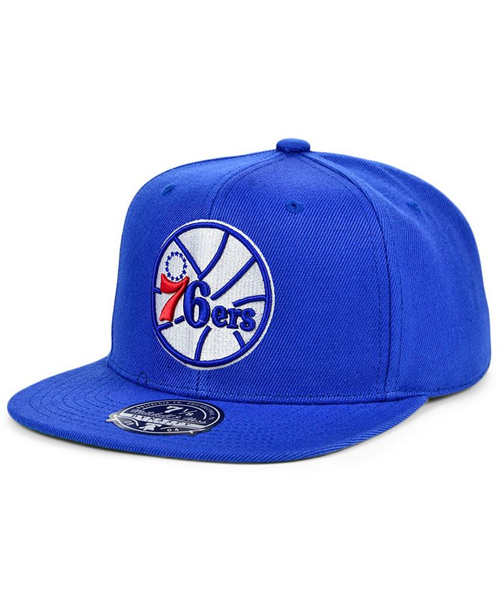 Mitchell & Ness - Philadelphia 76ers Team Ground Fitted Cap
