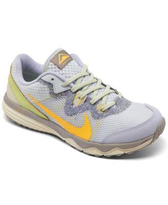 nike trail running shoes womens