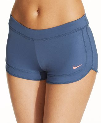 Check out the entire Women's swim shorts collection from Roxy at the official online store. A variety of styles, material and colors available. Free shipping.