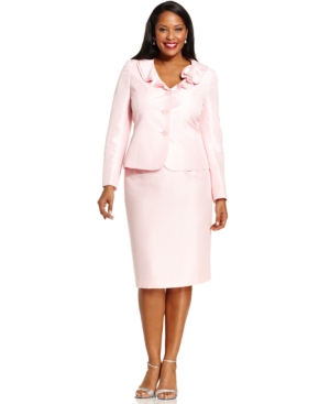 Le Suit Plus Size Melange Brooch Skirt Suit