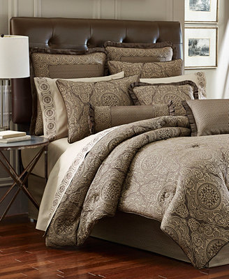 Closeout J Queen New York Villeroy Comforter Sets