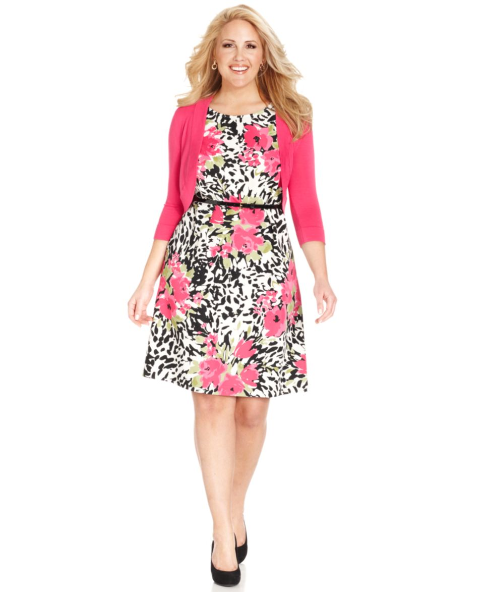 Jessica Howard Plus Size Floral Print Belted Dress and Jacket