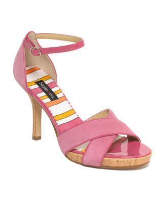 Shoes 281731_fpx.tif?bgc=2