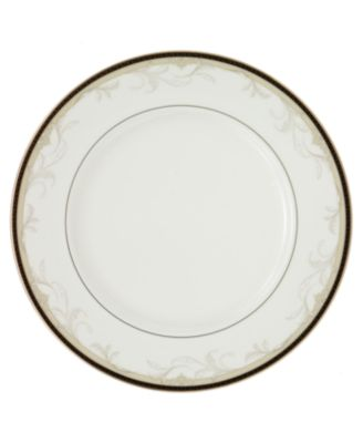 Waterford Brocade Dinner Plate