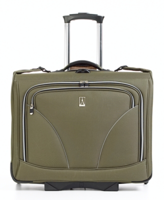 Travelpro Walkabout Lite 3 Rolling Garment Bag