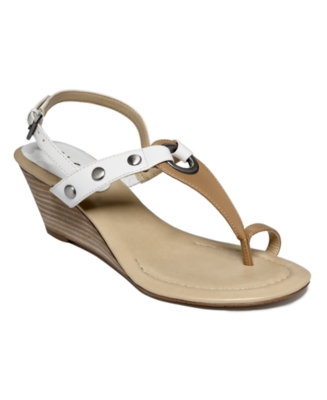 Unisa Shoes, Jeovanni Wedges Women's Shoes