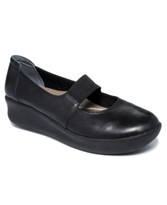 Easy Spirit Shoes, Okra Mary Janes Flats Women's Shoes