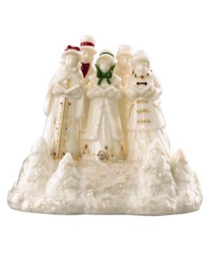 Lenox Collectible Figurine, Mistletoe Park Musical Carolers